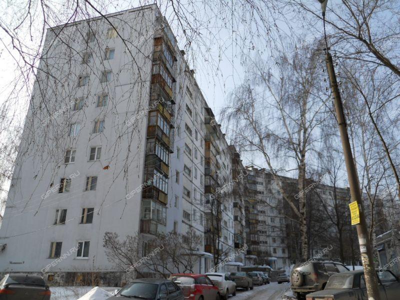 трёхкомнатная квартира на улице Маршала Малиновского дом 9