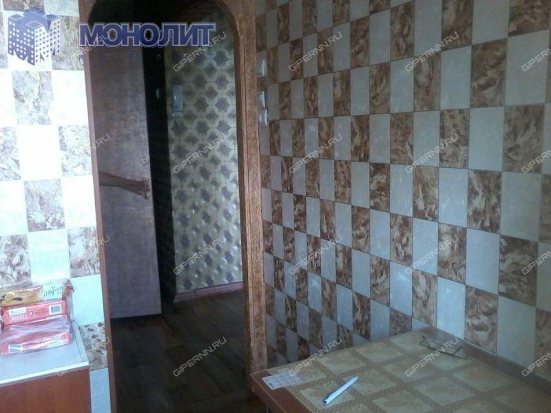 двухкомнатная квартира на улице Военных Комиссаров дом 7