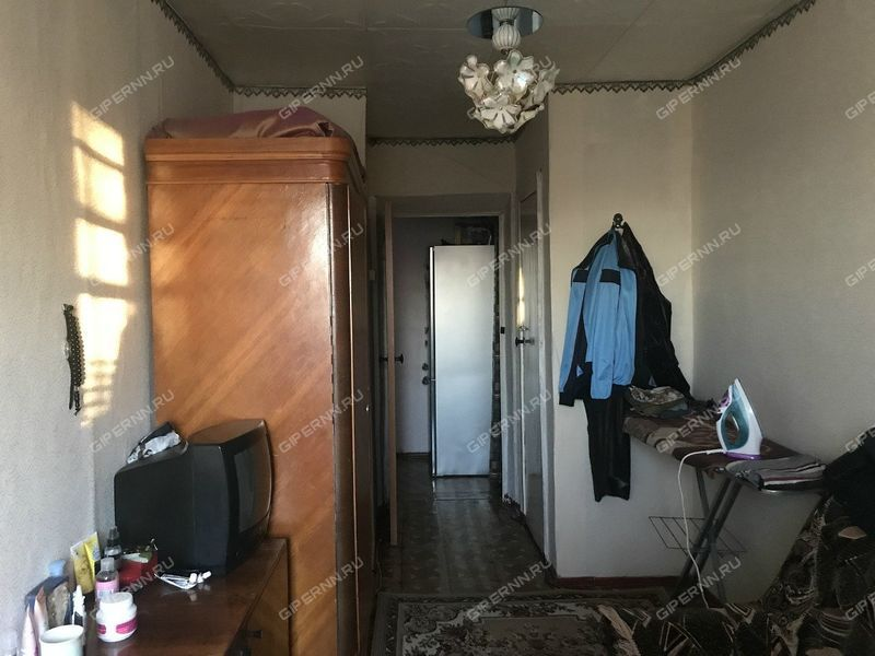 трёхкомнатная квартира на улице Ветеранов село Зиняки