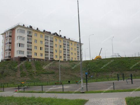1-komnatnaya-uchastok-prilegayushhiy-k-poselku-novinki-1-ochered-dom-6 фото