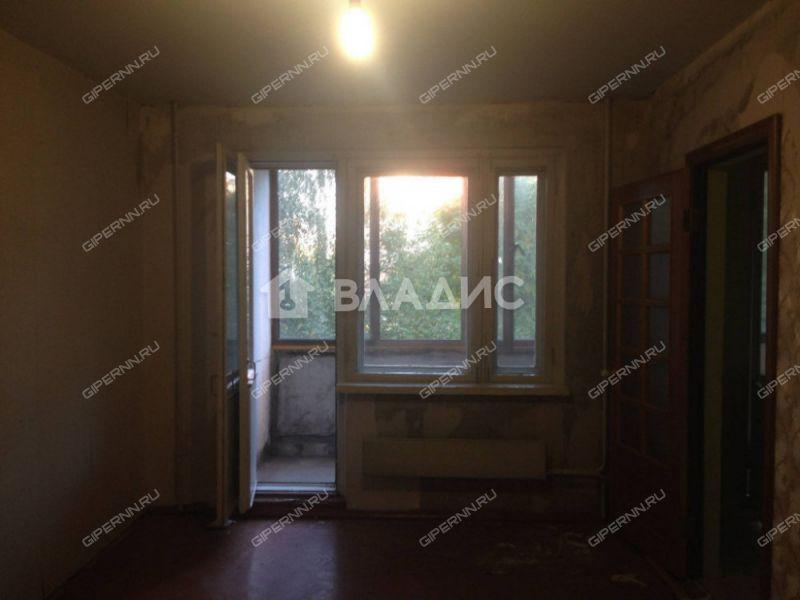 трёхкомнатная квартира на улице Маршала Малиновского дом 10